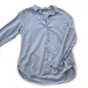 Uniqlo • Light Blue Solid Flannel